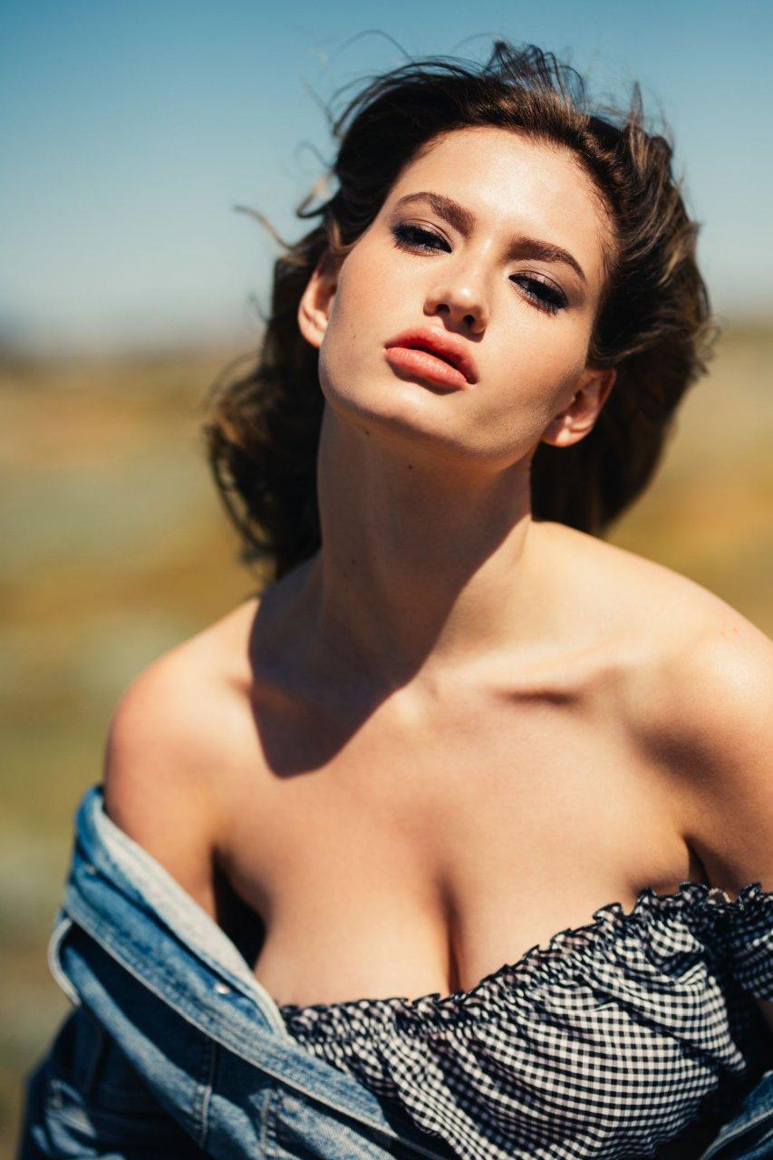 photo Scarlett Johansson Slutty For Esquire