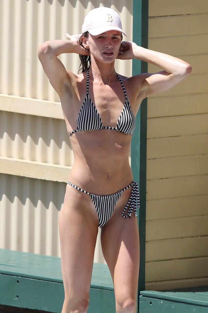 Amy Pejkovic Sexy (30 Photos) | #TheFappening