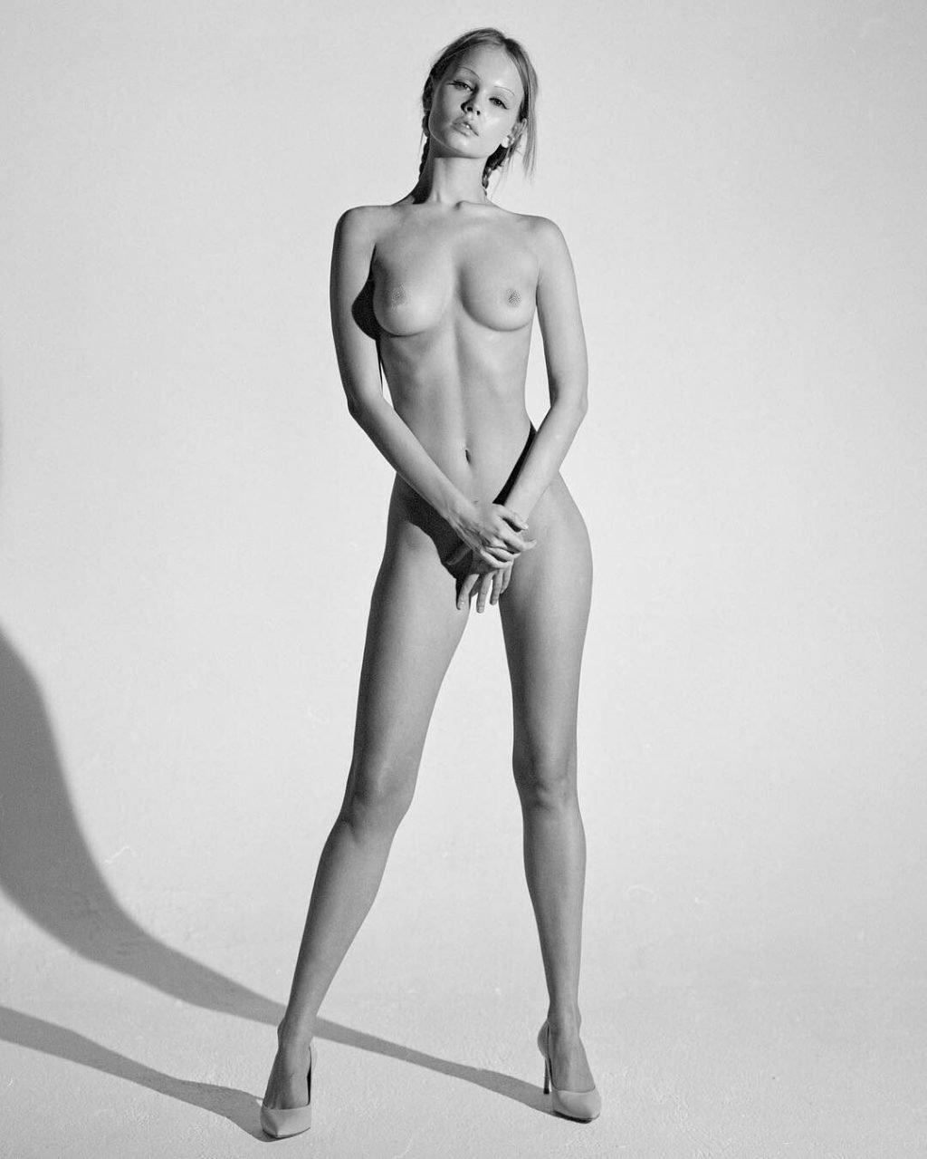 Anastasiya Scheglova Nude (9 Photos)