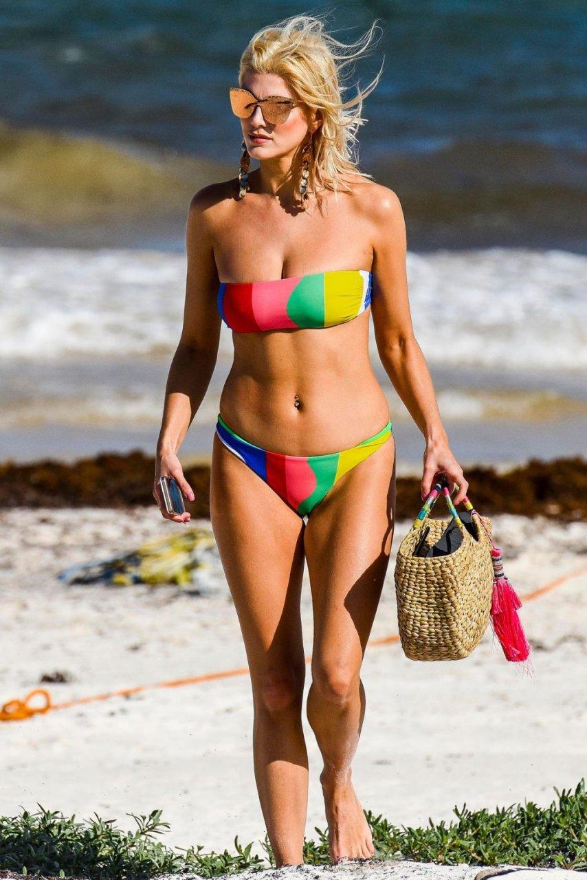 Ashley James Sexy (27 Photos)