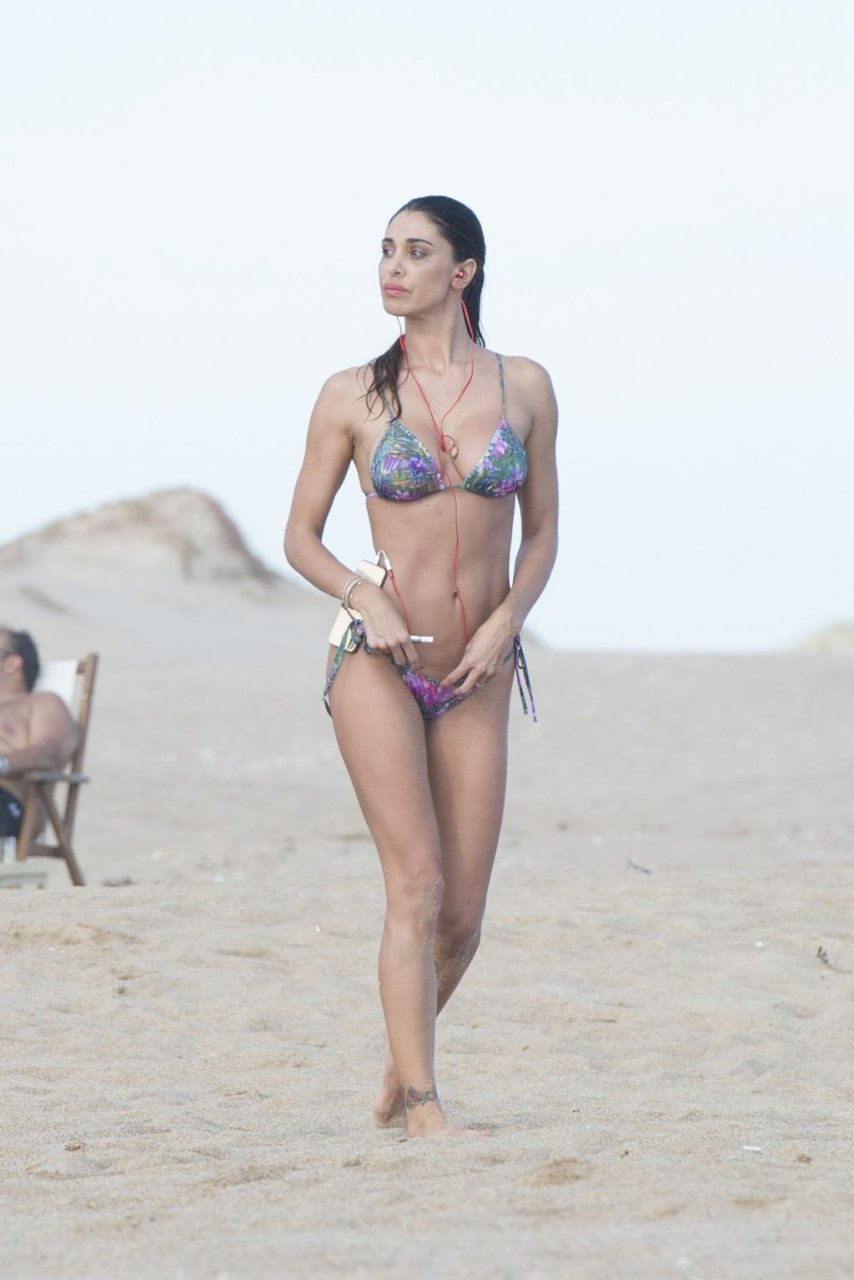 Belen Rodriguez Sexy (12 Photos)