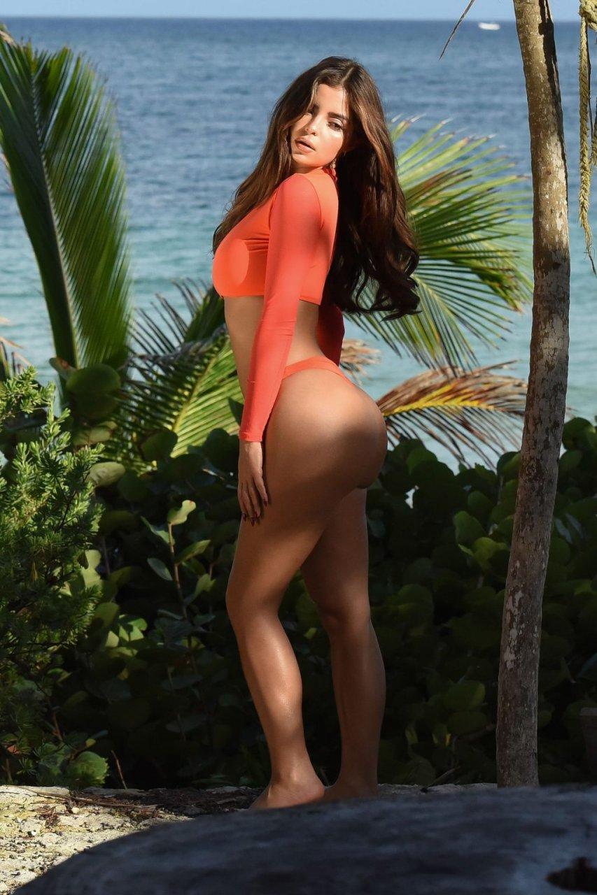 Demi Rose Sexy (21 Photos)