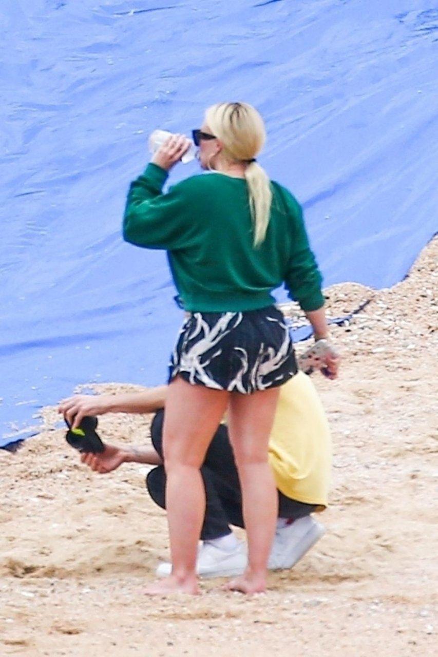 Hilary Duff Hot (25 Photos)