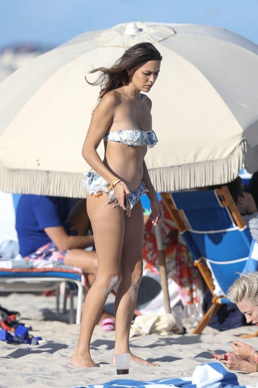 Jasmine-Waltz-Caroline-Vreeland-Shea-Marie-Sexy-TheFappeningBlog.com-32-1024x1536.jpg