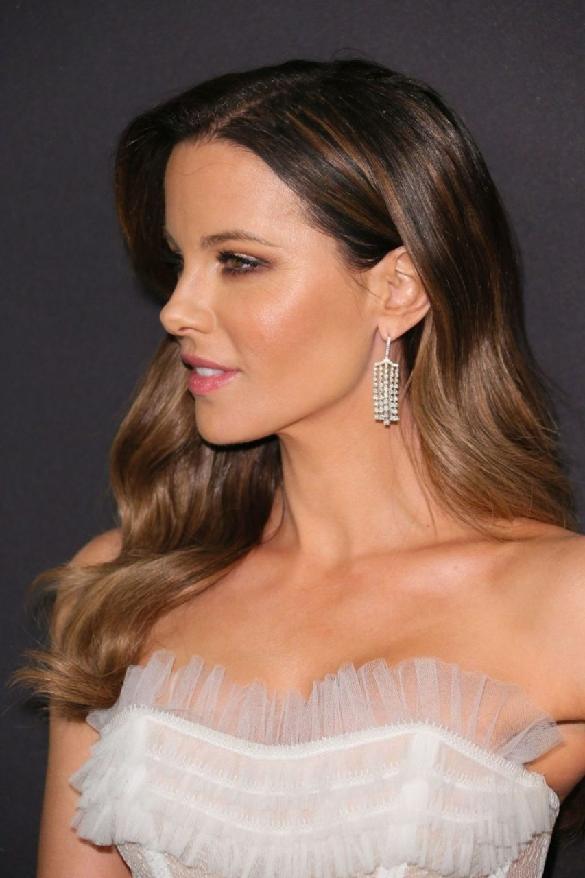 Kate Beckinsale Sexy 10 Photos Thefappening