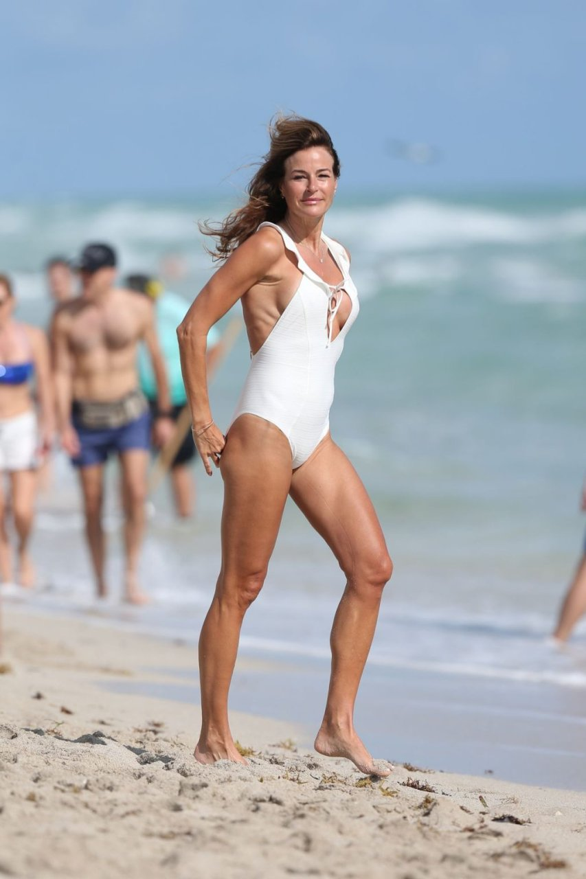 Kelly Bensimon Sexy (28 Photos)