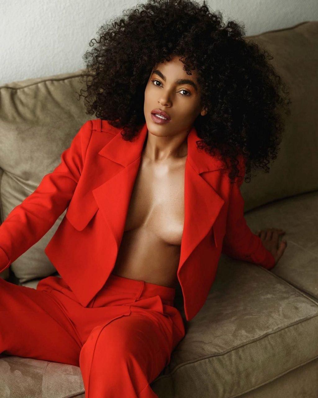 Leila Depina Nude & Sexy (85 Photos)