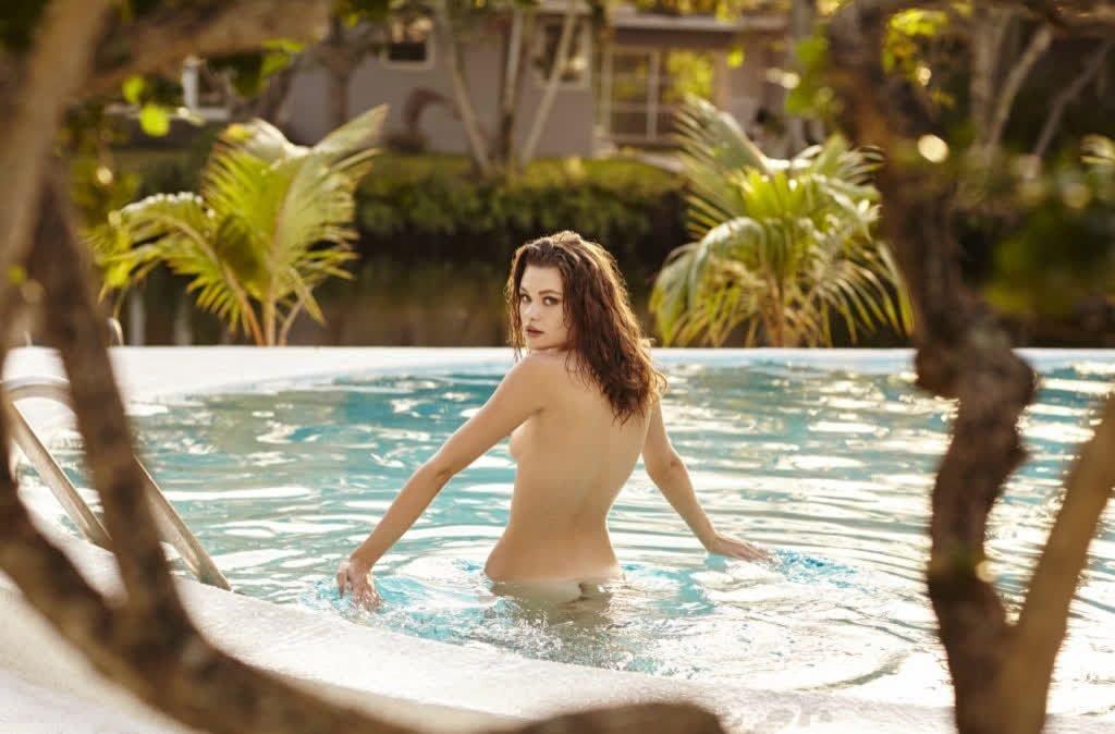Lily Rose Cameron Nude (7 Photos)