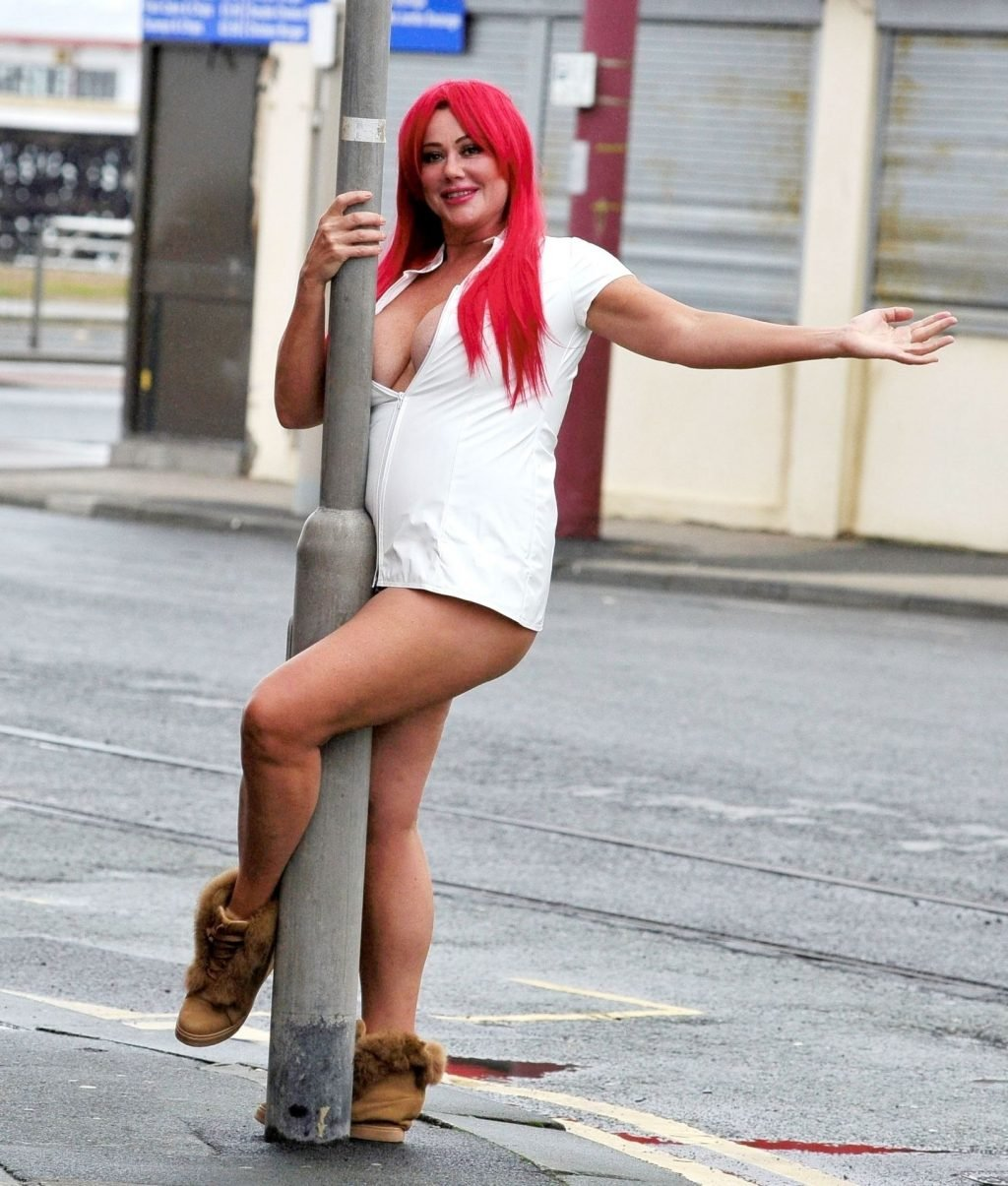 Lisa Appleton Hot (29 Photos)