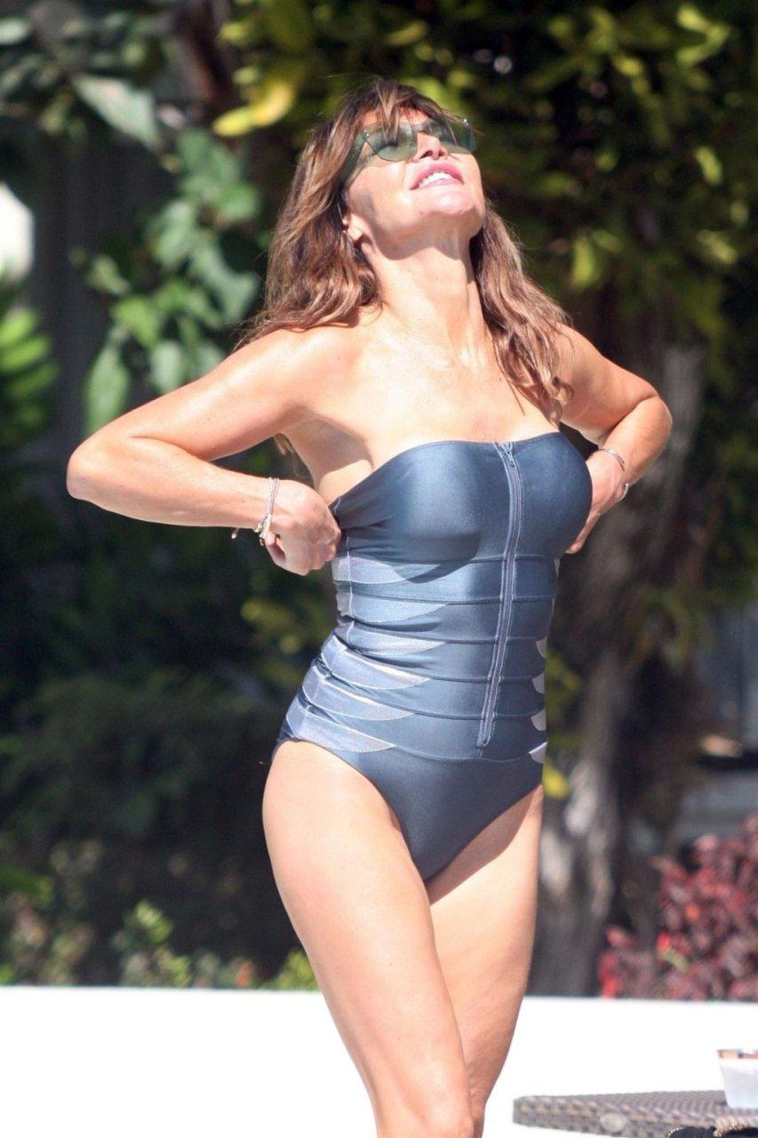 Lizzie Cundy Hot (19 Photos)