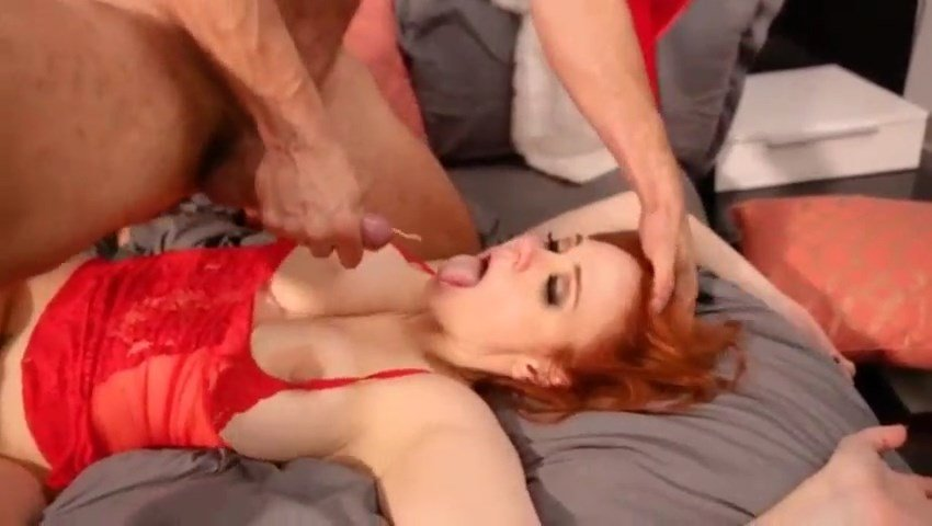 Maitland Ward's Xmas Sex (10 Pics + Video)