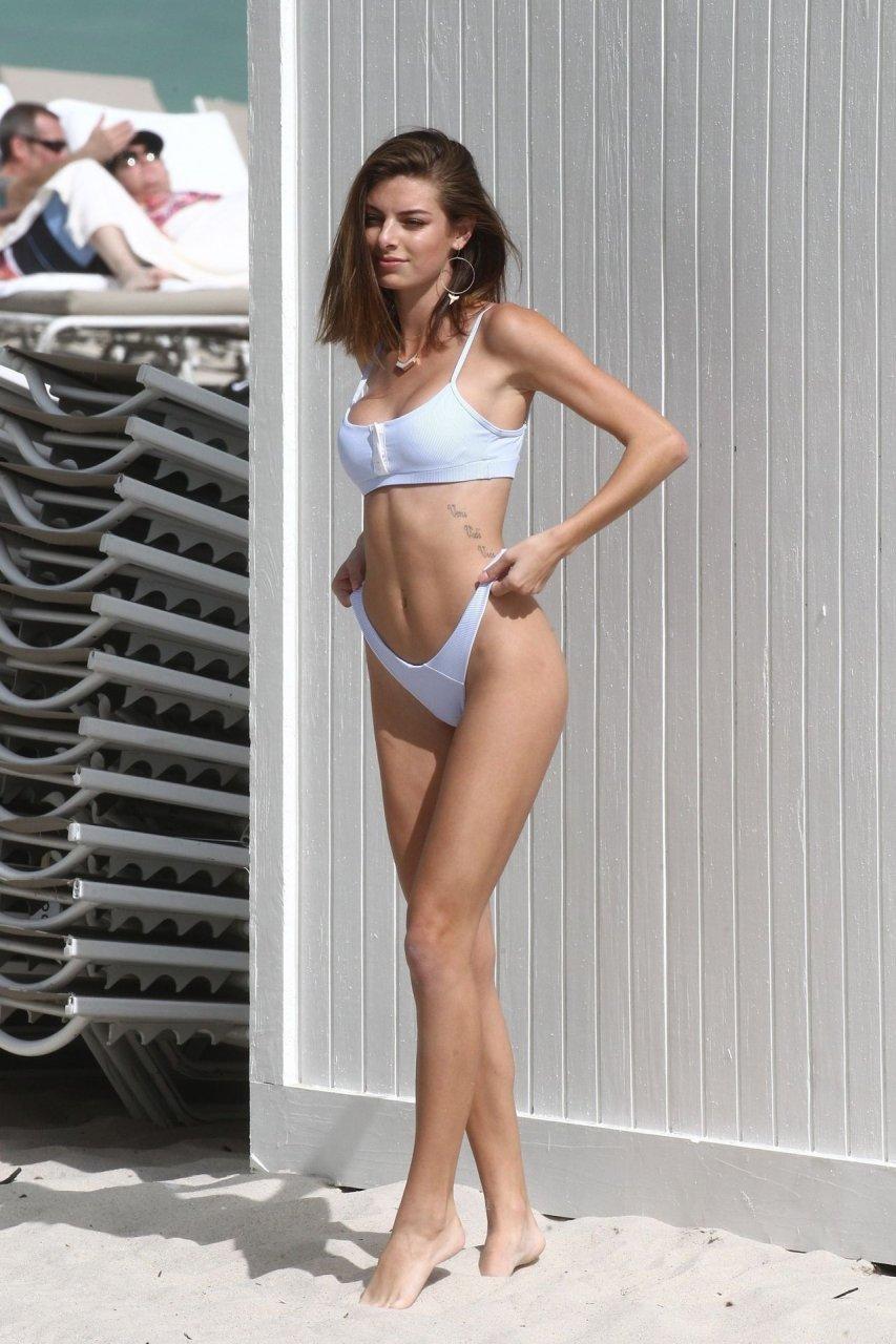 Olivia Pascale Sexy - 49 Photos nudes (78 pics)