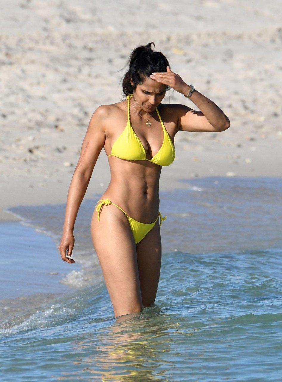 Padma Lakshmi Sexy (111 Photos)