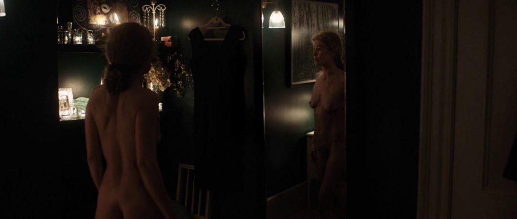 Rosamund Pike Nude – A Private War (32 Pics + GIFs & Video)