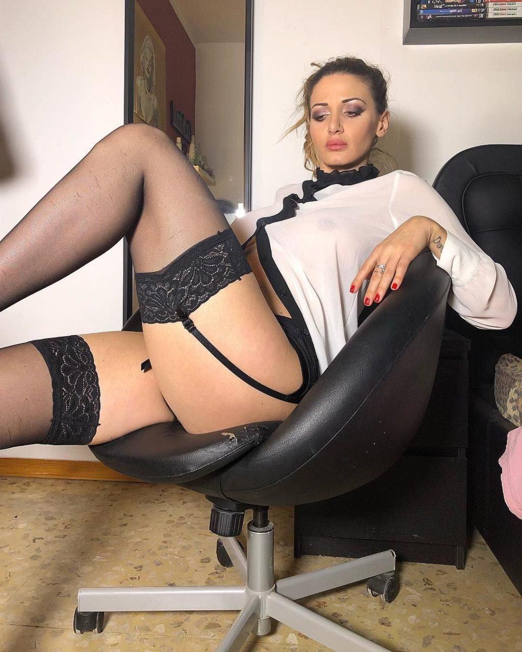 Rosy Maggiulli Sexy & Topless (76 Photos)