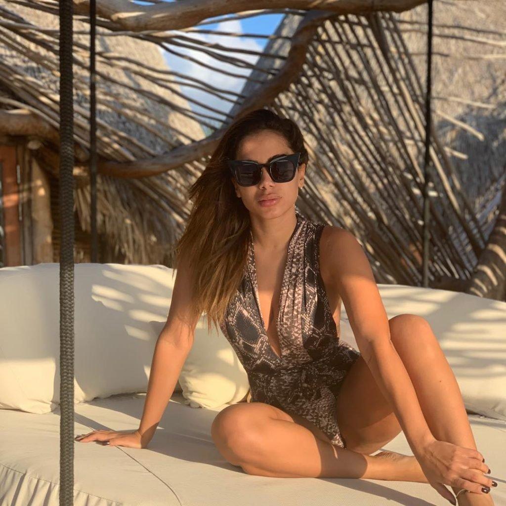 Anitta Sexy (45 Photos)