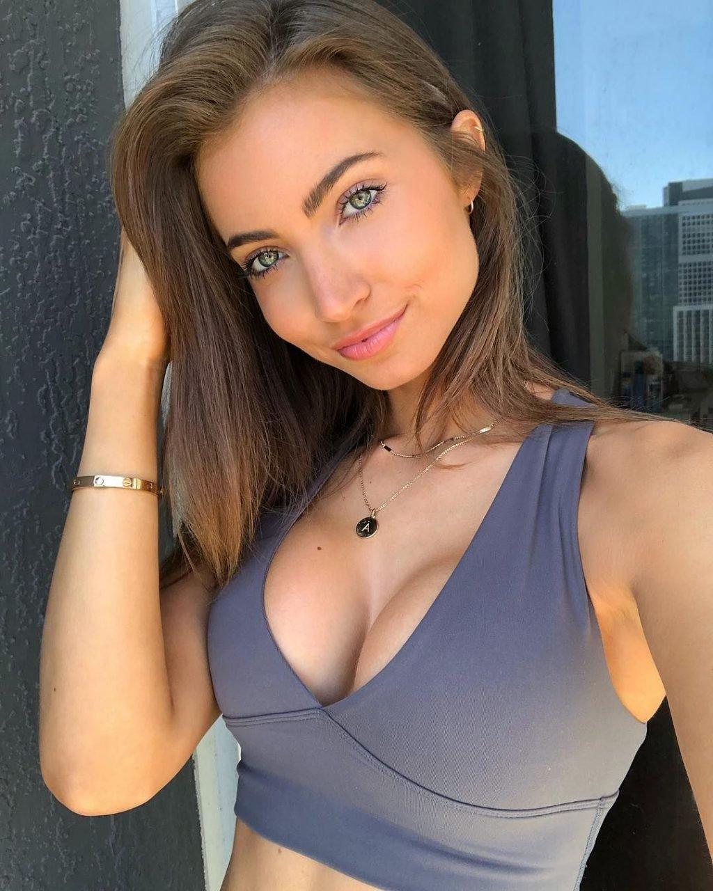 Anna Louise Nude & Sexy (125 Photos)