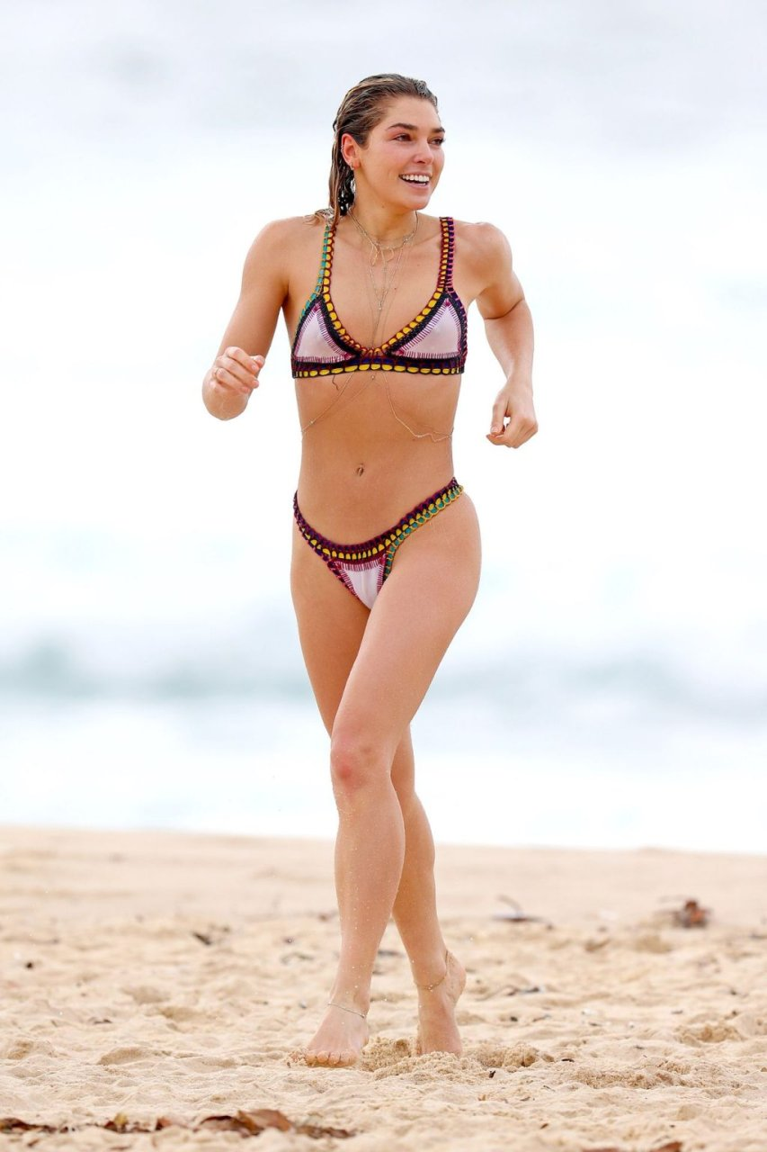 Ashley Hart Sexy (27 Photos)