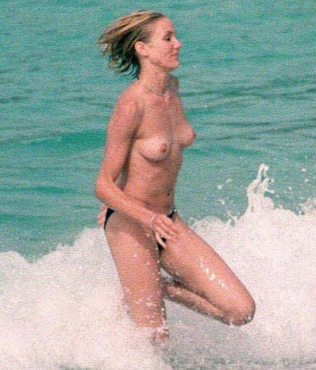 Naked Cameron Diaz Nude Photo Shoot Pics