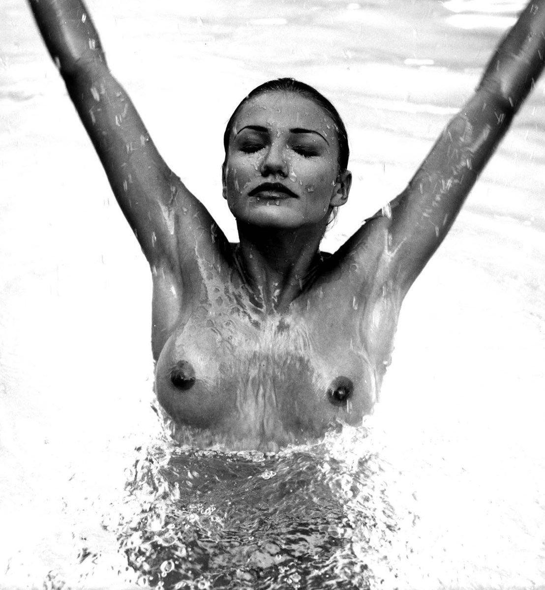 real-cameron-diaz-naked
