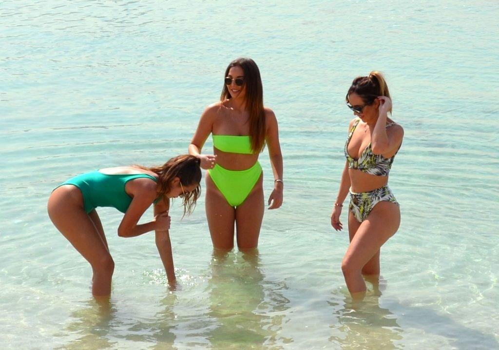 Chloe Goodman, Lauryn Goodman, Amelia Goodman Hot (40 Photos)