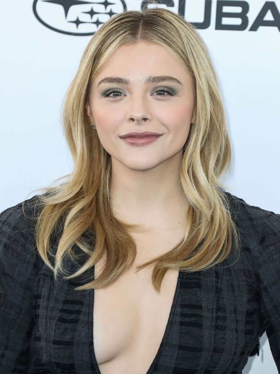 Chloe Grace Moretz Sexy (66 Photos + Video) | #TheFappening