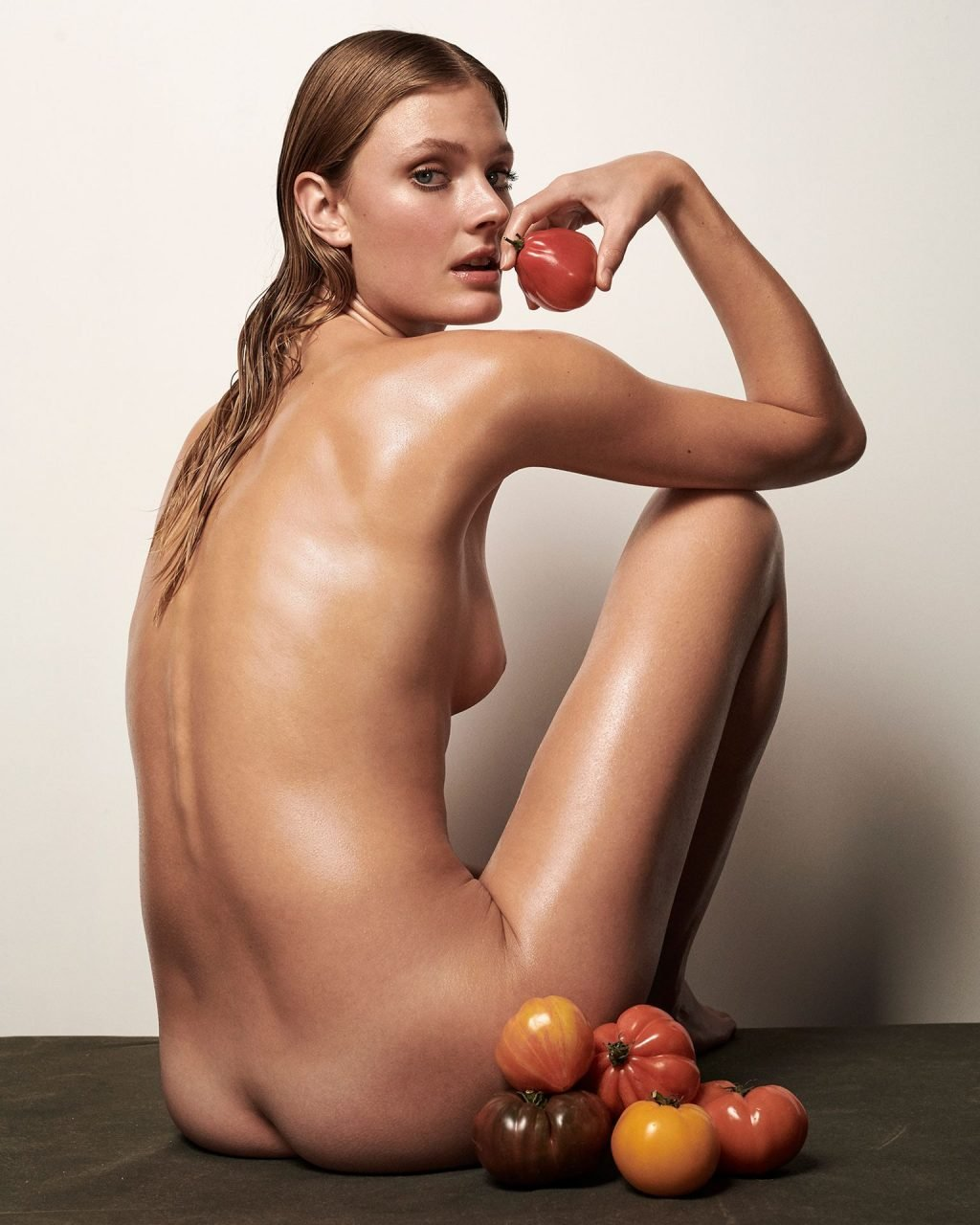 Constance Jablonski Nude (11 Photos)