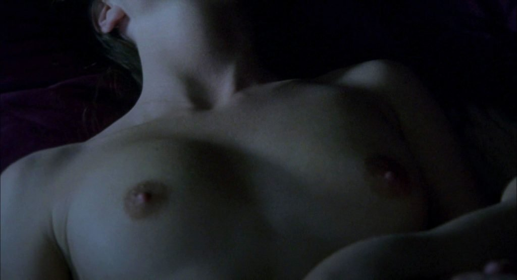 Emily Blunt, Natalie Press Nude – My Summer of Love (8 Pics + GIF & Video)