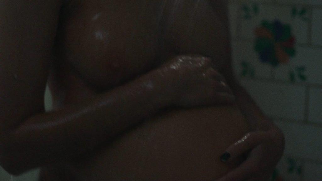 Frankie Shaw Nude – SMILF (9 Pics + GIF & Video)