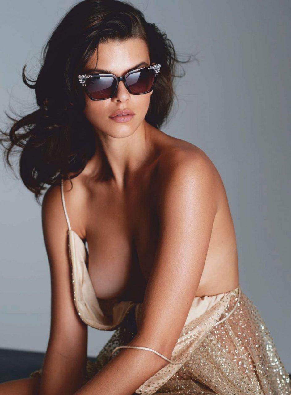 Georgia Fowler Nude & Sexy (9 Photos)