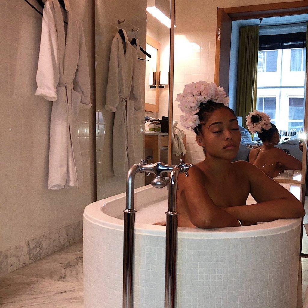 Jordyn Woods Nude & Sexy (107 Photos)