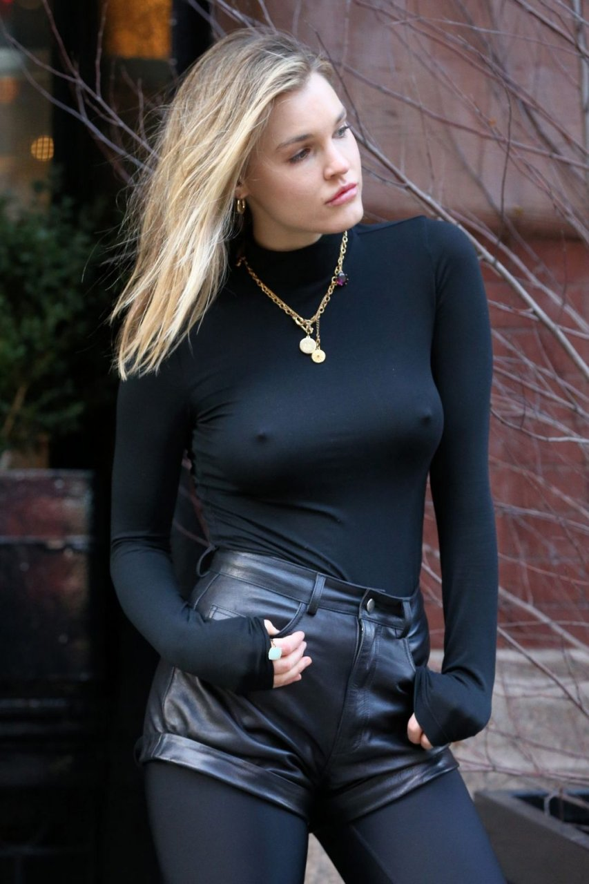 Joy Corrigan Sexy (22 New Photos)