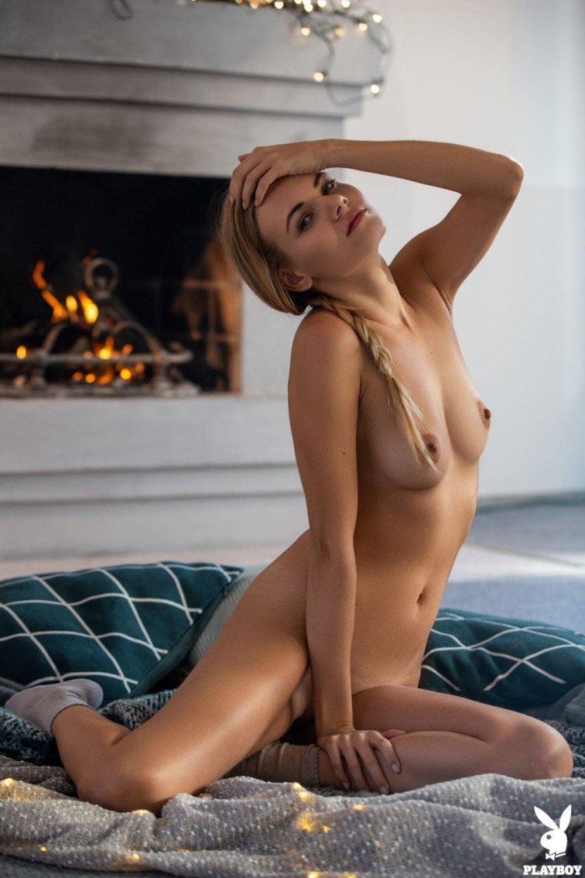 Kate Jones Nude (42 Photos + Video)