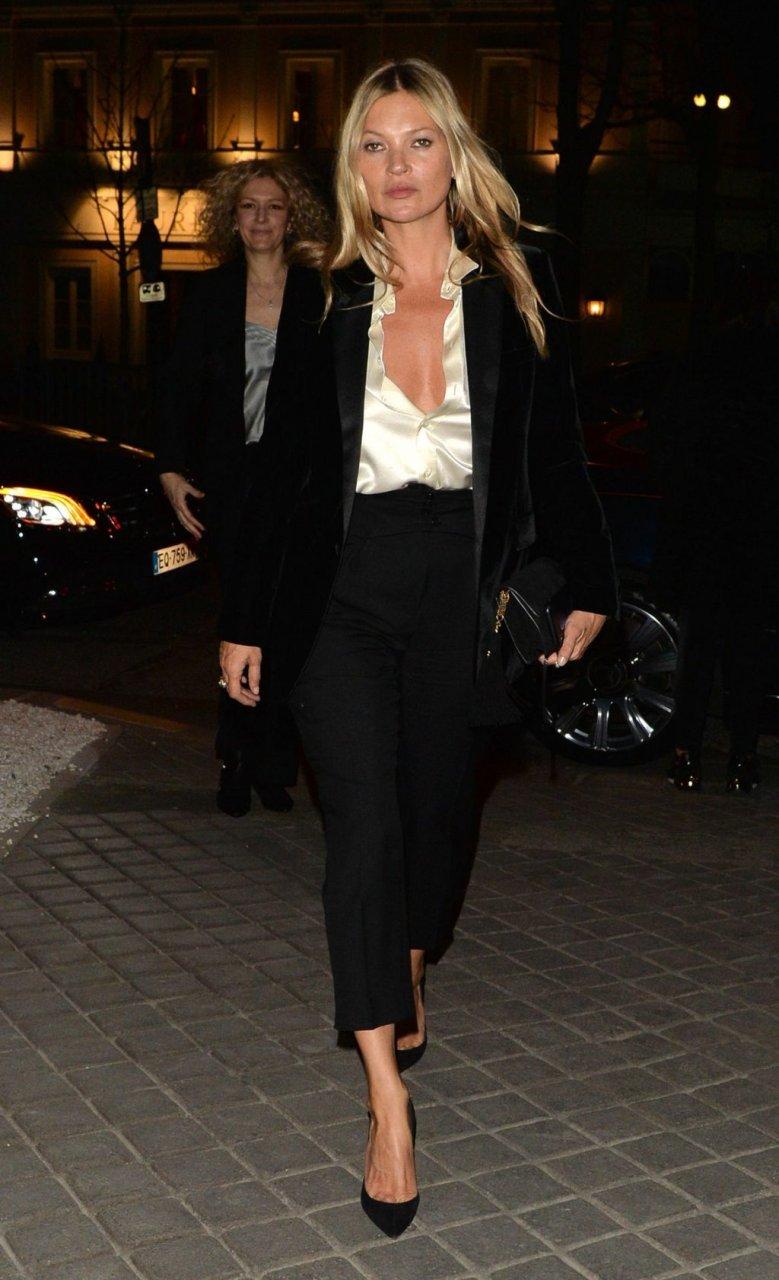Kate Moss Sexy (8 New Photos)