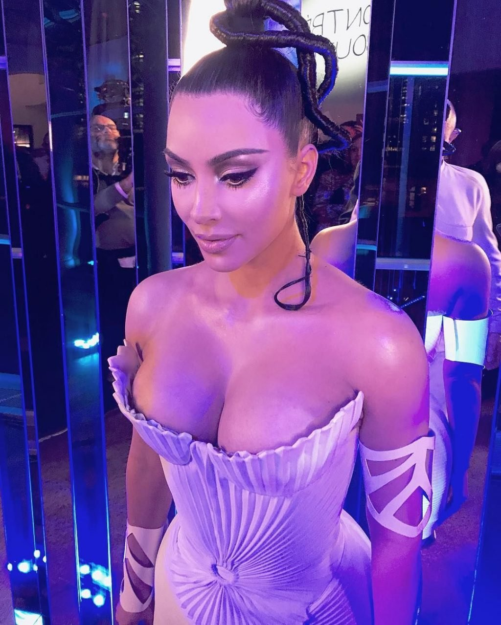 Kim Kardashian Sexy (7 Hot Photos)