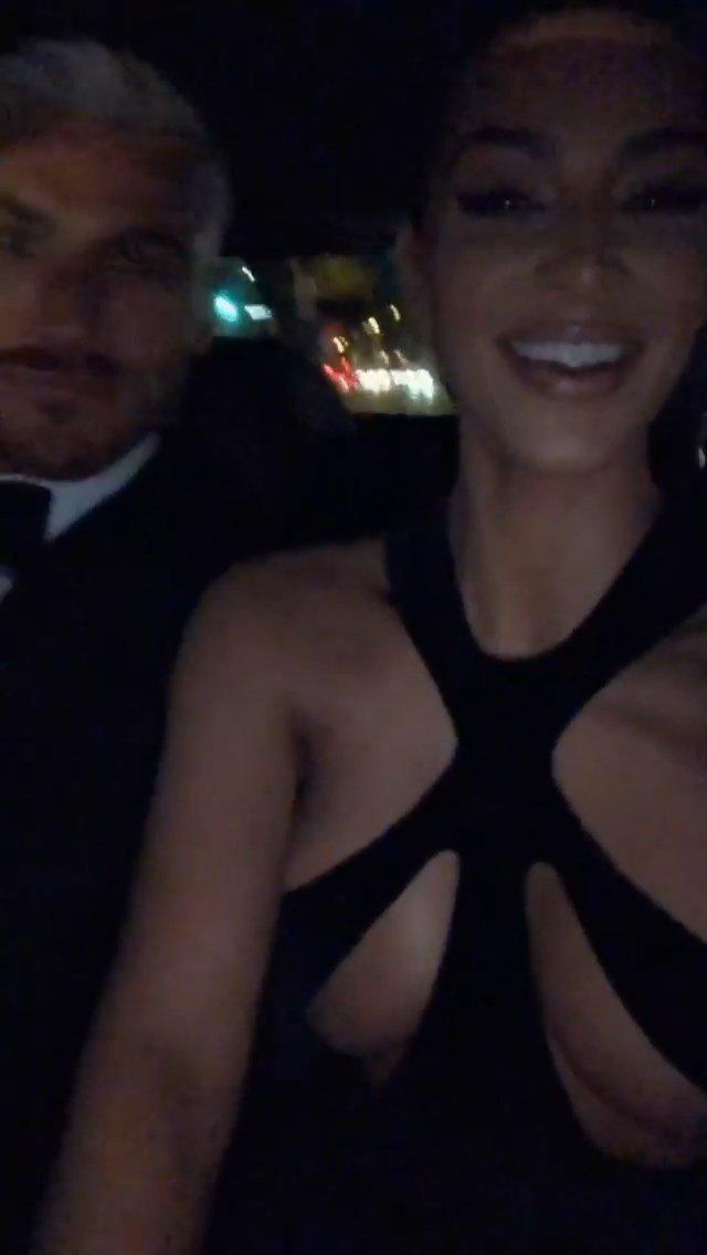 Kim Kardashian Topless (42 Photos + Video)