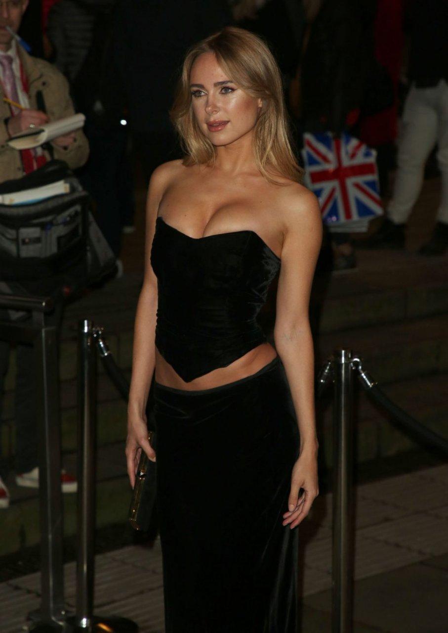 Kimberley Garner Sexy (84 Photos + Video)