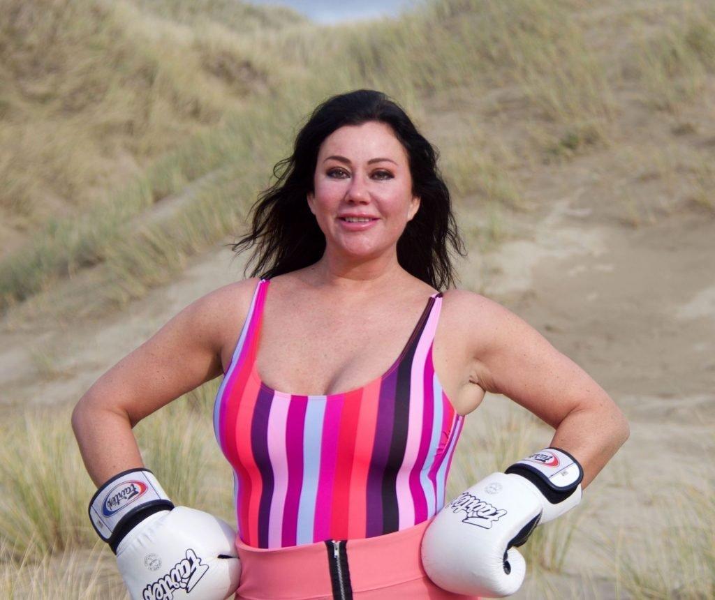 Lisa Appleton Topless (32 Photos)