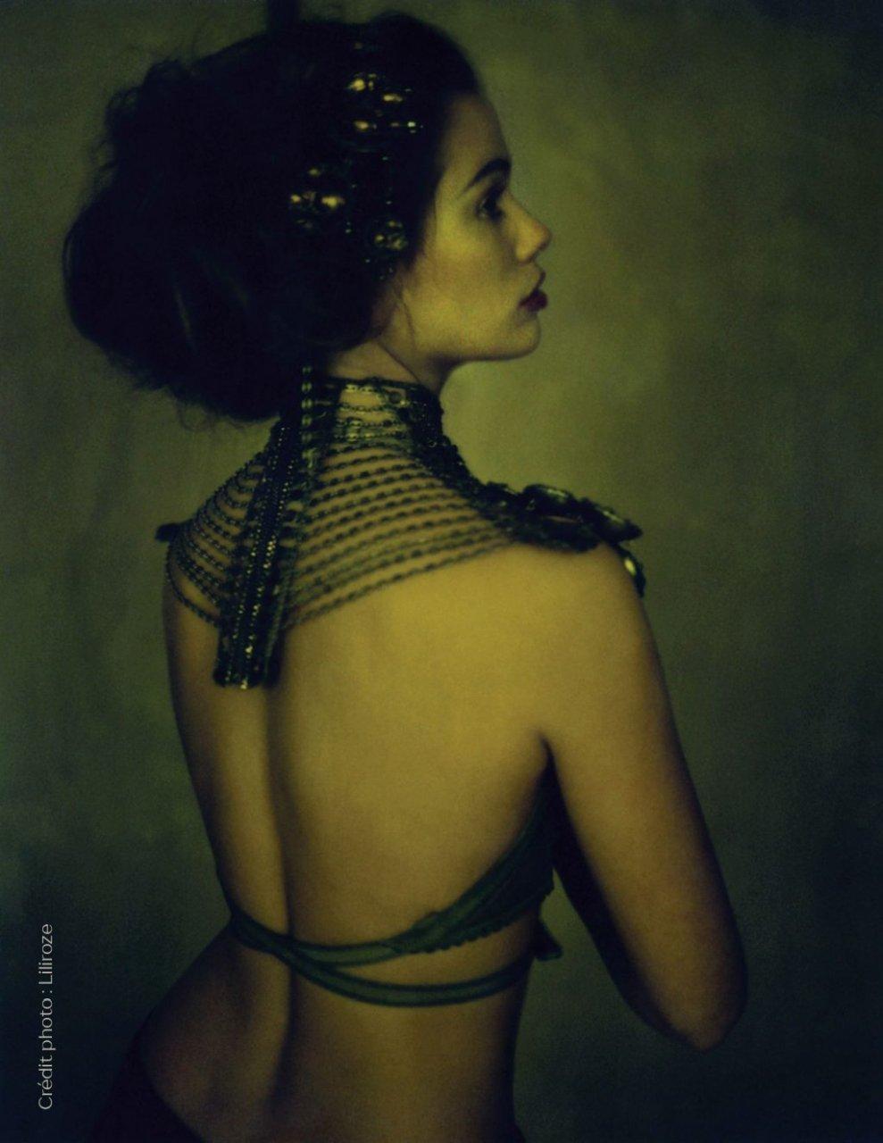 Lucie Lucas Nude & Sexy (21 Photos)