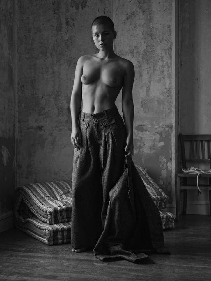 Marisa Papen Nude (15 Hot Photos)