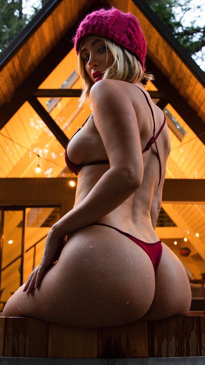 Sara Underwood Sexy (8 Photos)