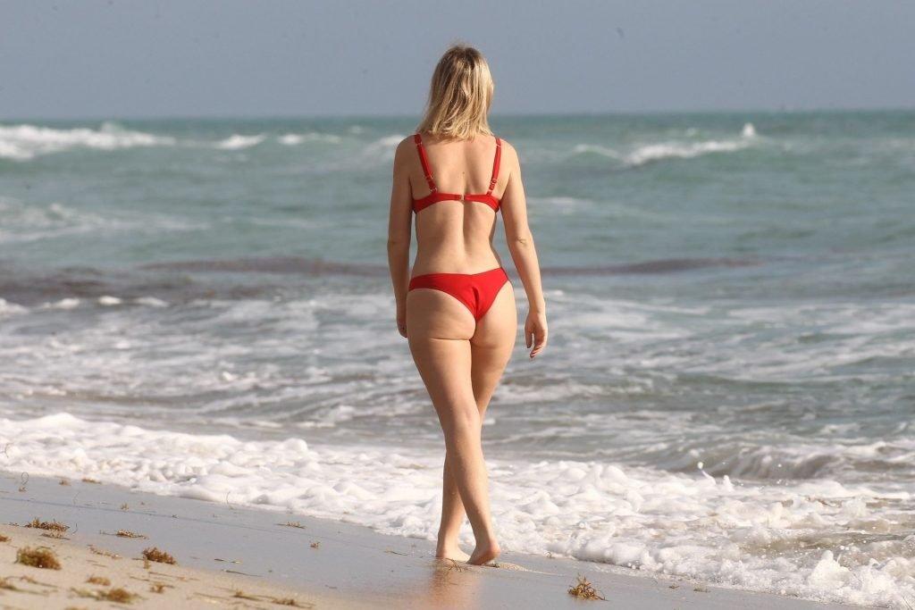 Tanya Burr Sexy (71 Photos)