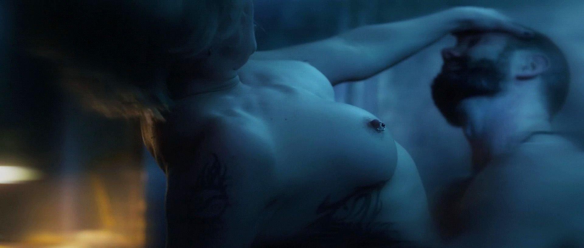 photos naked Katie cassidy