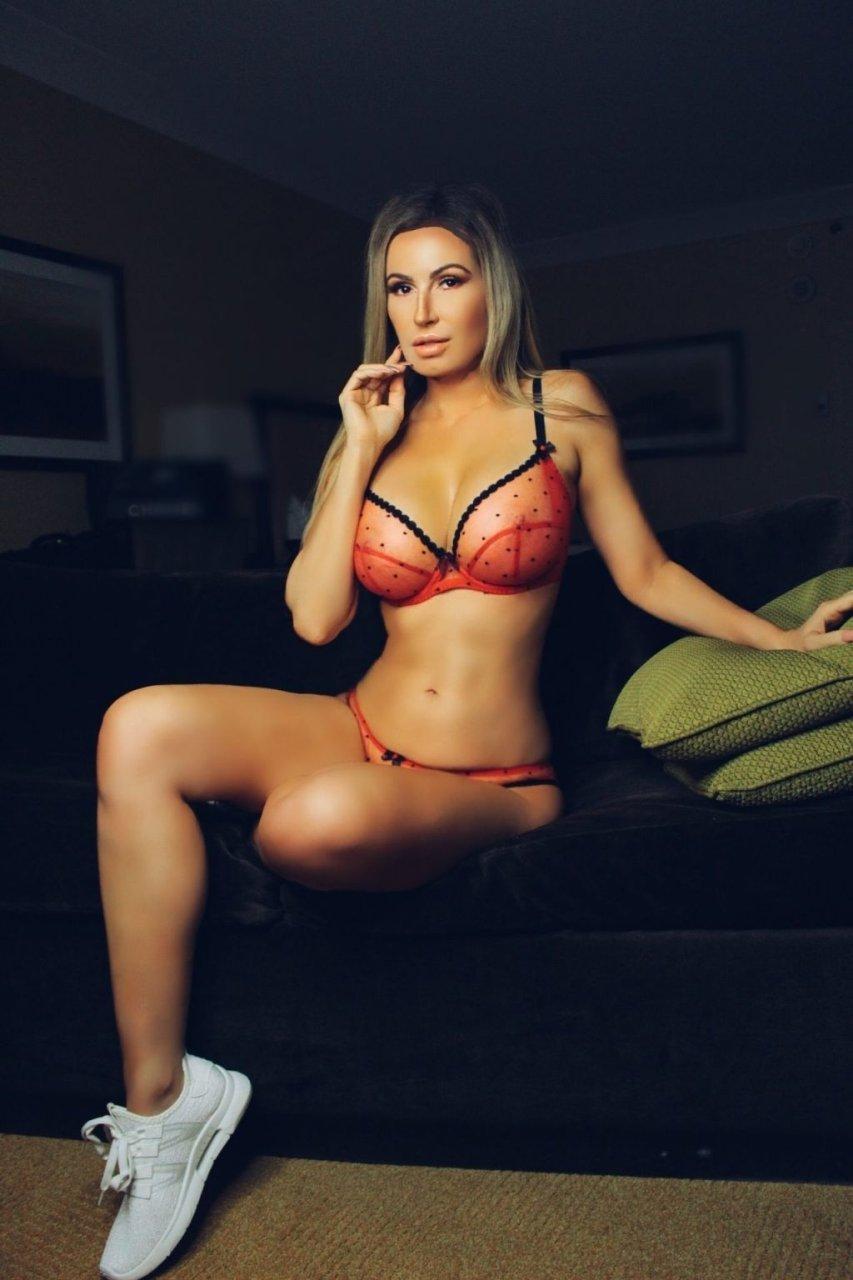Ana Braga See Through & Sexy (14 Photos)