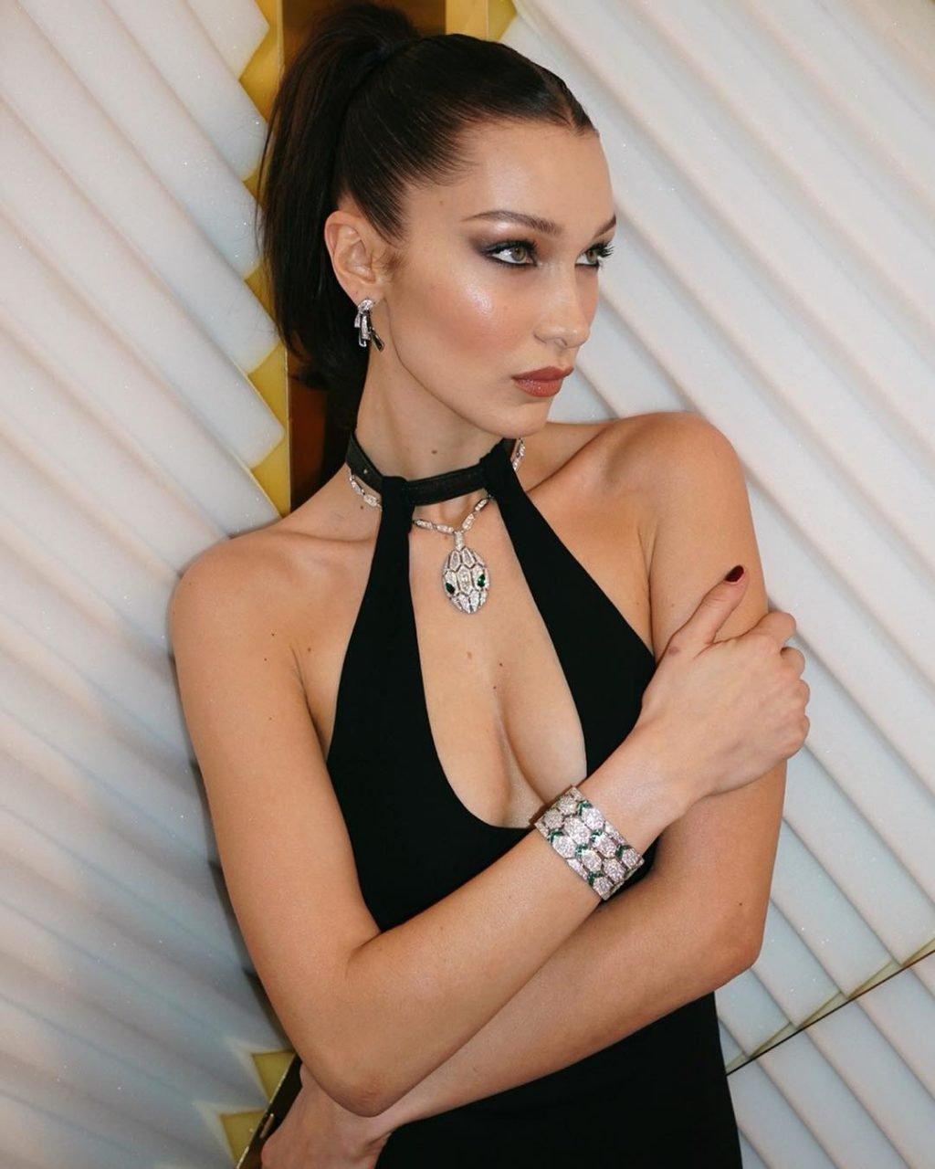 Bella Hadid Hot (3 Photos)
