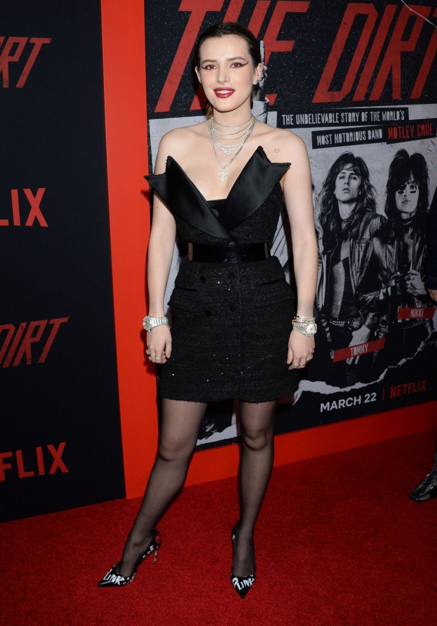 Bella Thorne Sexy (29 New Photos + Video)