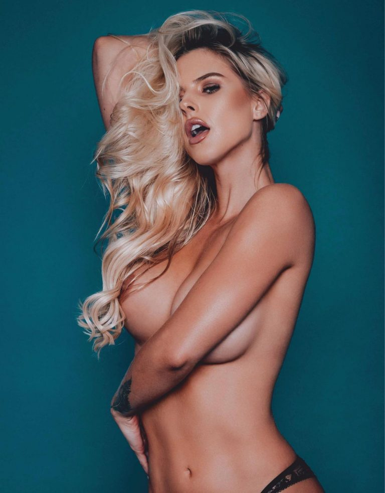 Brennah Black Nude (18 Photos)