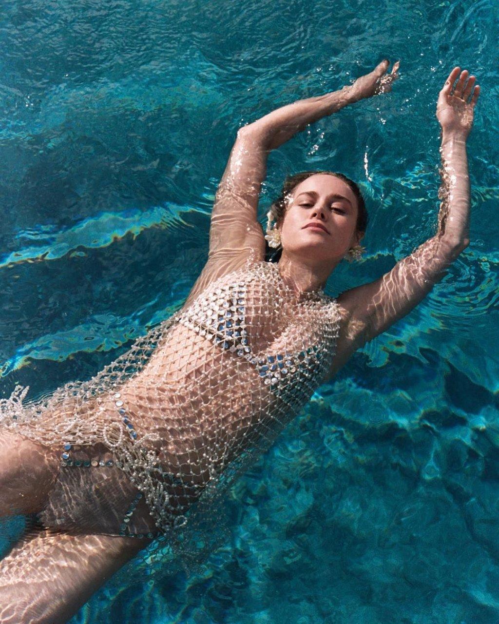 captain marvel nude