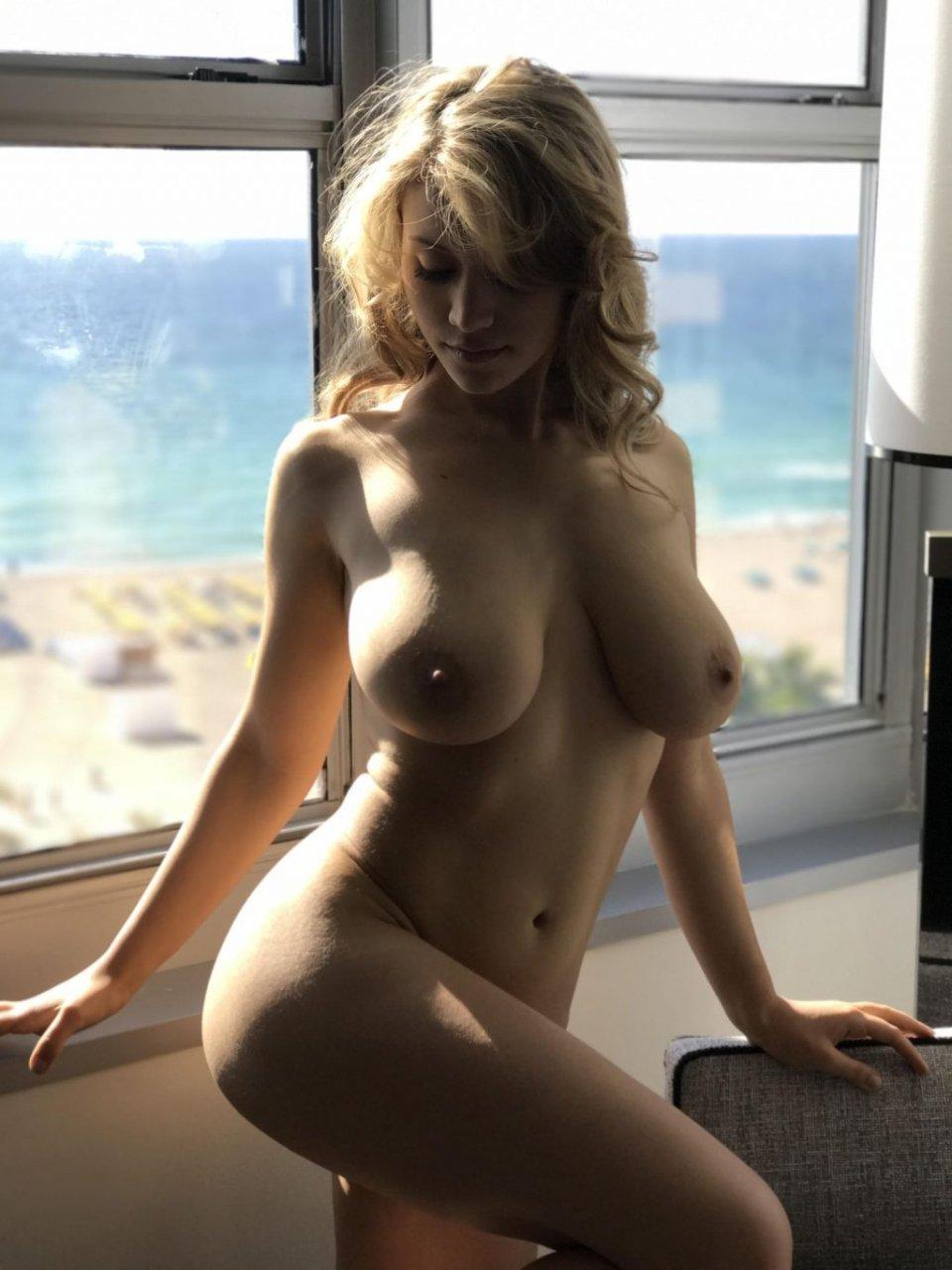 Caylee Cowan Nude & Sexy (67 Photos)