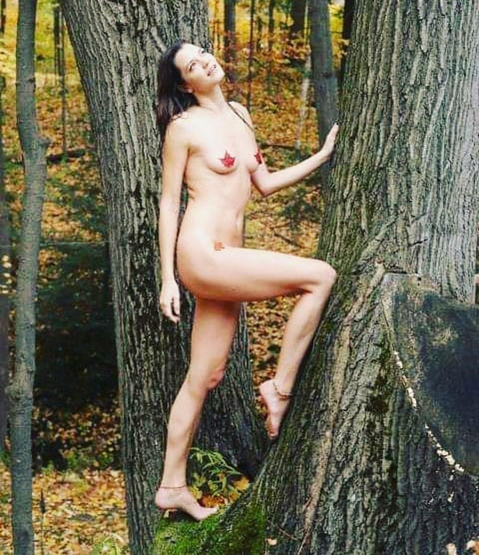 Clarity Barton Nude (7 Photos)